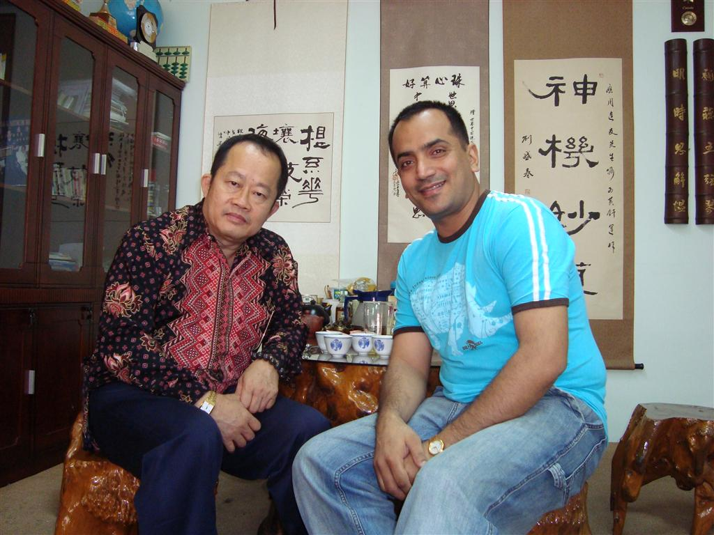 Snehal Karia with Prof Dr Dino Wong